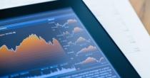 Finanzkommuniktion: Chart auf einem Tablet-PC